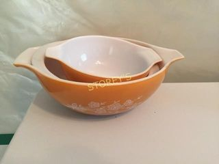 3 Pyrex Bowls   Orange