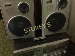 York Record Player w  2 Speakers