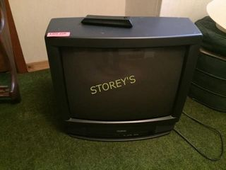Toshiba 20  TV w  Remote