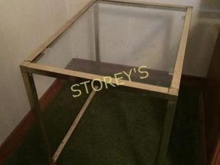 Glass Top Side Table   16 x 22 x 19