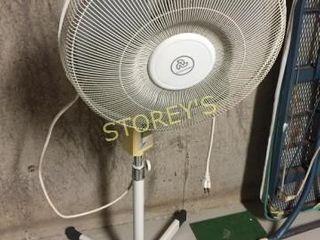 Canarm Floor Fan