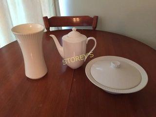 Tea Pot  Vase   Serving Dish