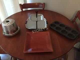 2 Tier Tray  Plate  Bun Pan  Muffin Tins