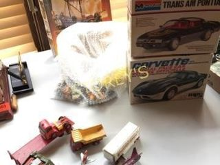 Qty of Antique Tin Toys   3 Model Kits