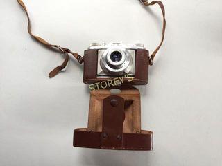 Vero Camera w  Case