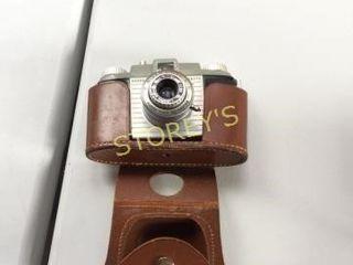 Kodak Pony 135 Camera w  Case