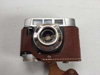 Kodak Flash Camera w  Case