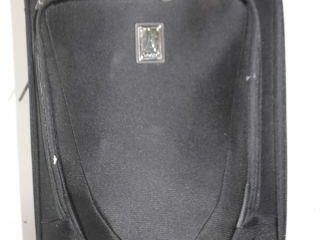 MISSING WHEEl  TRAVElPRO CREW11 SMAll SUITE CASE