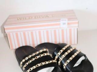 WIlD DIVA lOUNGE SlIPPERS SIZE 7