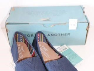 TOMS WOMENS SHOES SIZE 8