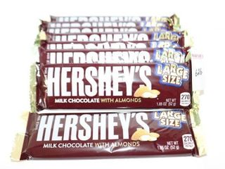 lOT OF 8 HERSHEY S lARGE SIZE CHOCOlATE BARS BB
