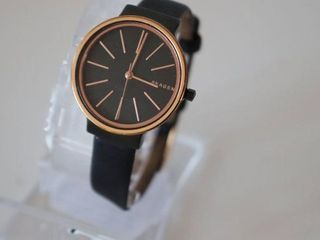 SKAGEN WOMENS ROSE GOlD BlACK lEATHER BAND WATCH