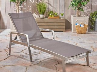 Outdoor Patio Aluminum lounge chairs