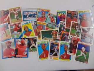 Ozzie Smith baseball card lot of 25