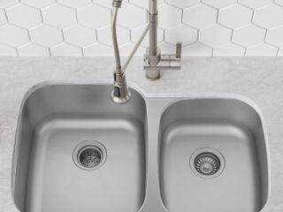 Krause KBU24 Premier 32  l x 21  W Double Basin Undermount Kitchen Sink Retail price  129 99