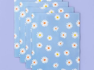 More Than Magic Girl Talk 4 Sheets Magnetic Wall Paper   Daisies