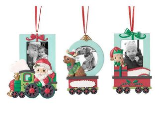 Precious Moments 1st Christmas Baby Holiday Train in Photo Frame  Retails 35 99