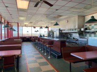 Turnkey Restaurant Opportunity   Great Location