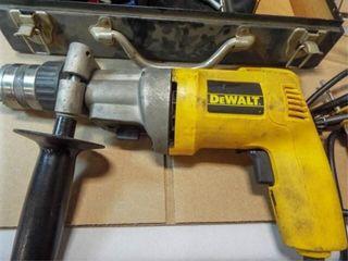 DeWallt 1 2  VSR Hammer Drill in case