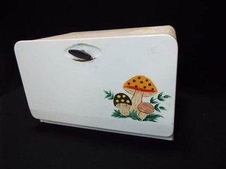 Ekco Bread Box  Tin  17 x 11 x 10