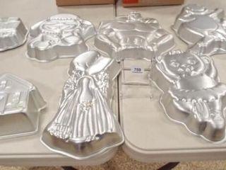 Wilton Cake Pans  8