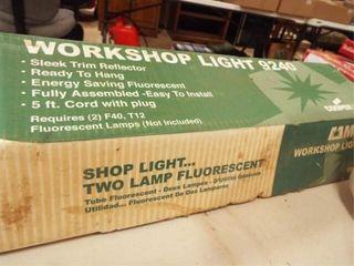 Metalux Shop light in box