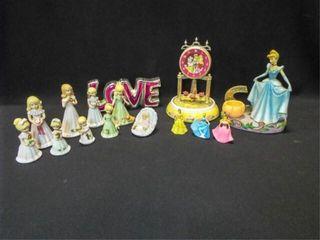 Figurines  Clock  Decor   1 box