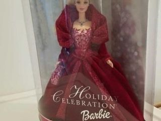 HOlIDAY CElEBRATION BARBIE  STAND INClUDED