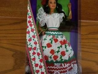 MEXICAN BARBIE DOll COllECTION 1995