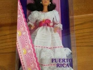 1996 PUERTO RICO BARBIE DOllS OF THE WORlD COllEC