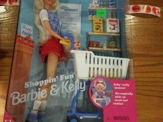 1995 SHOPPIN  FUN BARBIE AND KEllY