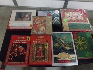8 ASSORTED CHRISTMAS CARDS