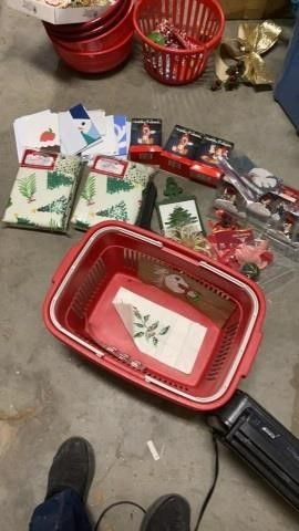CHRISTMAS CARDS  ORNAMENTS  TABlE ClOTHES   AND
