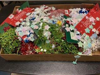 BOX OF CHRISTMAS GARlAND