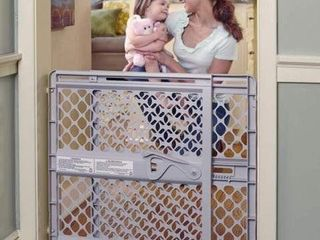 26 42 INCH  NORTHSTATES SUPERGATE BABY GATE