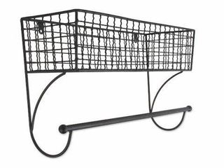 HOME TRADITIONS WAll MOUNT SHElF WITH TOWEl BAR