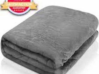 HUSH WEIGHTED BlANKETS  35 lBS  KING SIZE