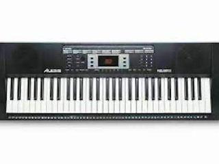 AlESIS MElODY 61 KEY PIANO ORGAN