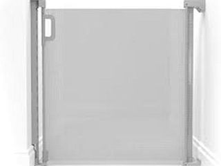 PlAYVIEW RETRACTABlE MESH GATE  EXTENDS UP TO 52