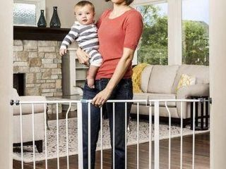 47 INCH  REGAlO 1185 DS EXTRA WIDE BABY GATE
