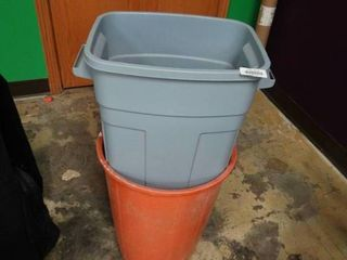 lot of 2 Small Trashcans