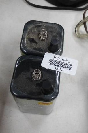 lot of 2 Dry1403 Batteries