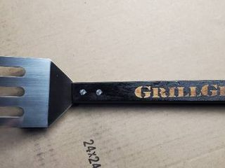 GrillGrate Grate Tool