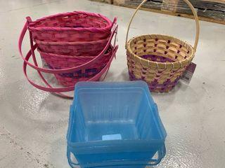 Set of 6 Assorted Plastic   Wood Baskets