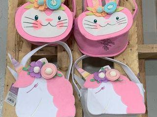Set of Felt Pink   White Baskets