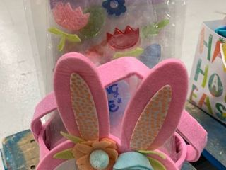 Felt Pink Basket   Window Cling Bundle