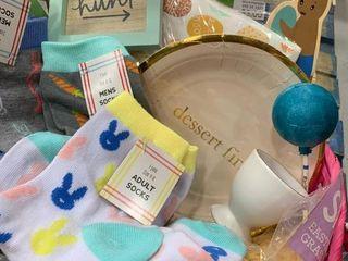 Adult Pink Basket w  Socks   labels