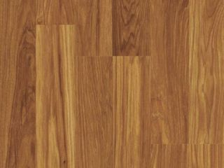 Pergo XP Asheville Hickory 10 mm T x 7 62 in  W x 47 62 in  l laminate Flooring  20 25 sq  ft    case  light