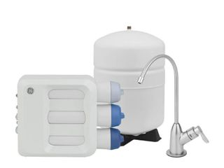 GE Under Sink Reverse Osmosis Water Filtration System  White Filter Housing