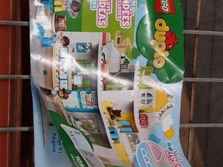lego Duplo building blocks